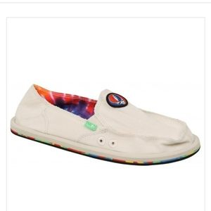 Sanuk Donna Grateful Dead shoes new with tags